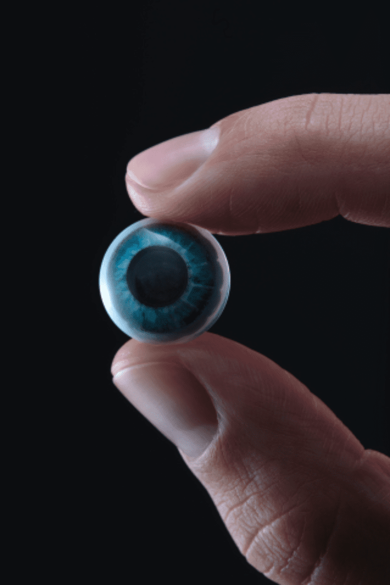 How about this for a wearable smart device? AR contact lens : Apple World  Today